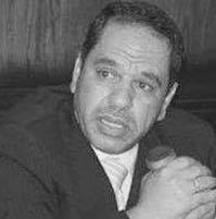 أحمد قناوي المحامي يقود الدفاع في الجلسة الاولي للدائرة الجديدة في قضية فض رابعة